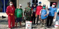 Kegiatan penyemprotan disinfektanyang dilakukan oleh wakil Bupati pak dewo di Banyumas - Purwokerto